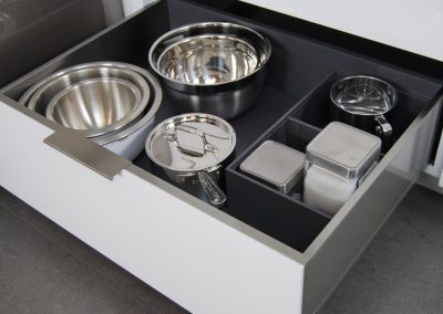 StainlessSteel_Drawer_07a